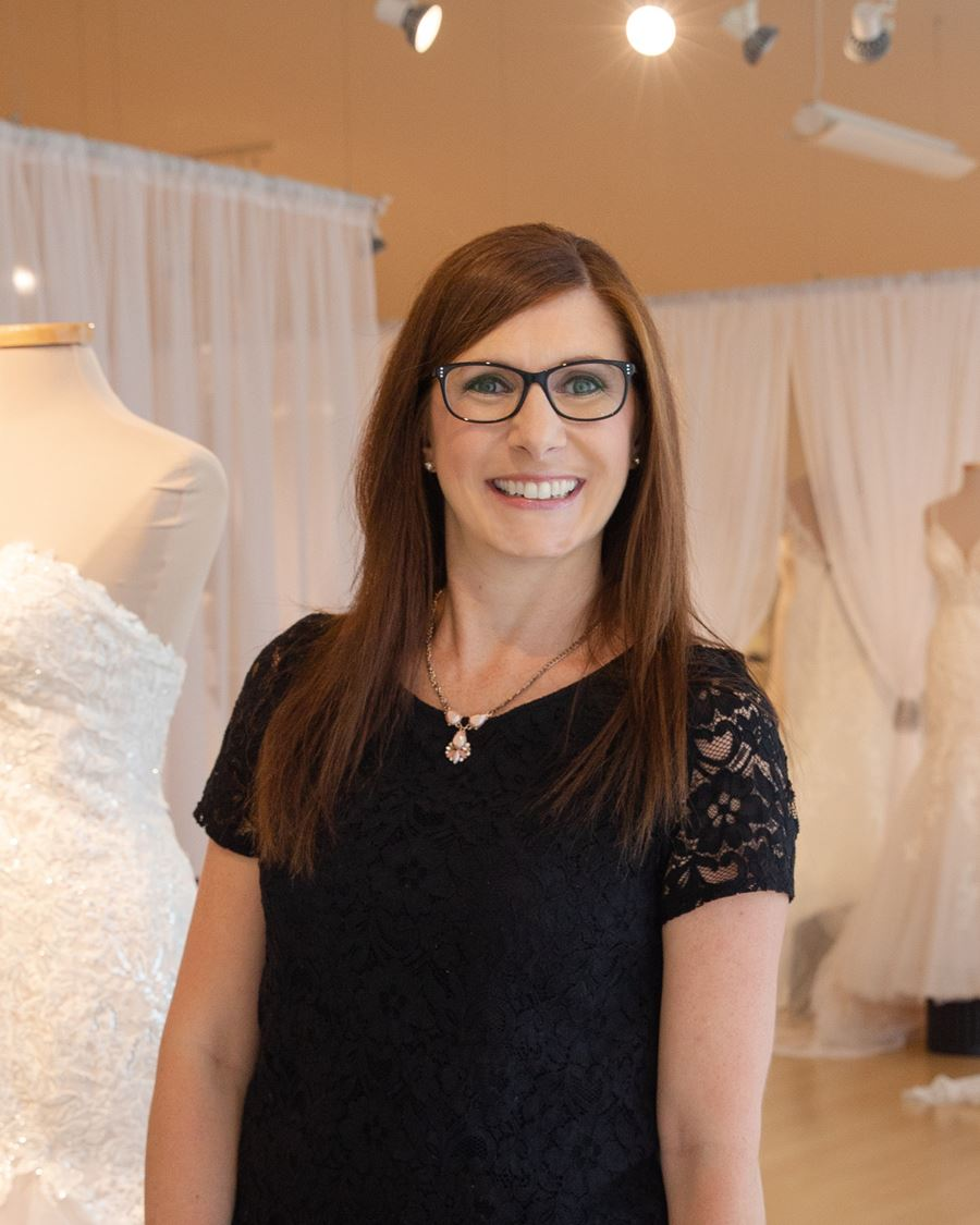 Kimberly fantastic finds bridal consultant