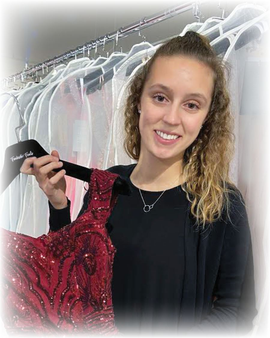 lauren fantastic finds bridal consultant